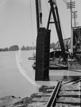 Raising span-Mission-Matsqui Bridge-June 28th 1948